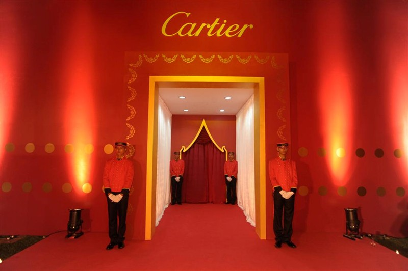 Most Glamorous Meals 2 Carats Of Love - red carpet wall design